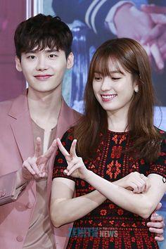 Lee Jong suk Han Hyo Joo Lee Jong Suk, Lee Jong Suk Cute, Lee Jung Suk, Korean Actresses, Korean Actors, Korean Celebrities, Actors & Actresses, Kpop Couples, Movie Couples