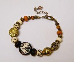 """Bracelet rustique, perle verre tchèque Picasso brun, ivoire, os de yack, laiton doré, verre """"Brume"""" : Bracelet par francesca"""