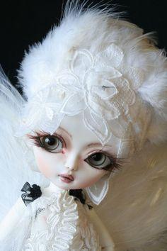 OOAK doll bjd Hujoo berry  handmade custom white by heliantas