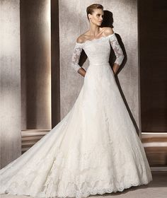Pronovias Fresno #wedding dress. Off-the-shoulders.