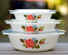 "Set of three JAJ England serving bowls with lid 1970s - good condition - casserole ""Cottage Rose"""