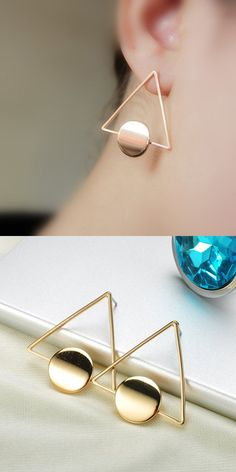 Geometric Ear Piercing Ideas for Women - Modern Abstract Artsy Modern Triangle Circle Shape Stud Earrings in Gold or Silver - pendientes geométricos triángulo - www.MyBodiArt.com #earrings