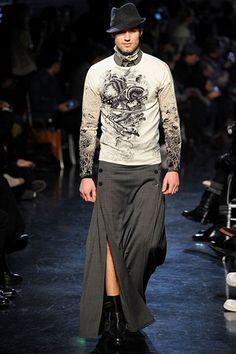 Homens de Saia Essa tendência vai acabar virando moda