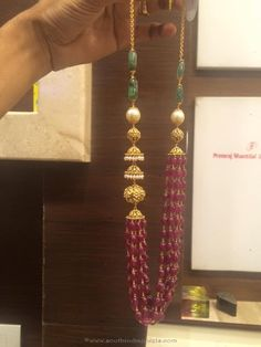 Gold Ruby Emerald Mala from PSJ Ruby Necklace Designs, Beaded Jewelry Designs, Gold Jewellery Design, Bead Jewellery, Emerald Jewelry, Gold Jewelry, Gold Accessories, Simple Jewelry, Ruby Beads