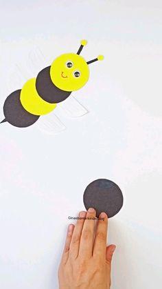 Toddler Art, Toddler Crafts, Toddler Activities, Bee Crafts For Kids, Diy For Kids, Kindergarten Crafts, Preschool Crafts, Creative Crafts, Easy Crafts