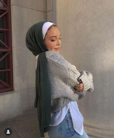 Street Hijab Fashion, Muslim Fashion, Stylish Outfits, Cute Outfits, Fashion Outfits, Hijab Turban Style, Hijab Trends, Modesty Fashion, Hijab Fashion Inspiration