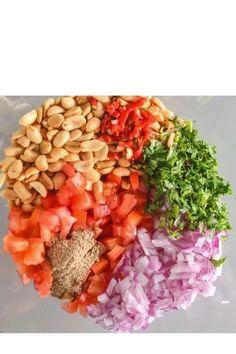 Spicy Vegetarian Recipes, Vegan Indian Recipes, Healthy Vegan Snacks, Vegetarian Appetizers, Indian Appetizers, Peanut Chaat Recipe, Quick Indian Snacks, Veggie Delight, Snacks Recipes