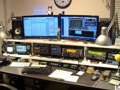 World's leading amateur radio web site with news, technical articles, discussions, practice exams and more. Computing Display, Ham Radio Equipment, Ham Radio Antenna, Electrical Projects, Antique Radio, Computer Setup, Pc Setup, Anthro Furry, Edc Gear
