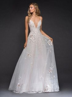 Wedding Jewelry 80 Deep V Neck Wedding Dresses Ideas 3 - A wedding dress is an important part of any bride's big day. A wedding dress comes in many different styles,modern, and designs made for a variety of wedding themes. And a deep V neck Wedding… Best Wedding Dresses 2017, Country Wedding Dresses, Princess Wedding Dresses, Modest Wedding Dresses, Wedding Dress Styles, Bridal Dresses, Wedding Gowns, Wedding Themes, Fall Wedding