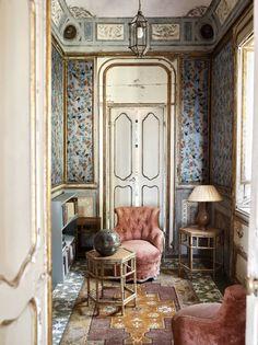 """Eine junge Familie belebt die """"Villa Valguarnera"""" auf Sizilien mit frischer Schönheit und dem ewig jungen Geist von Goethe."""