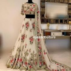 Looking for Bridal Lehenga for your wedding ? Dulhaniyaa curated the list of Best Bridal Wear Store with variety of Bridal Lehenga with their prices Designer Bridal Lehenga, Indian Bridal Lehenga, Indian Bridal Outfits, Lehenga Choli Wedding, Indian Bridal Wear, Indian Gowns Dresses, Indian Fashion Dresses, Indian Designer Outfits, Dress Fashion