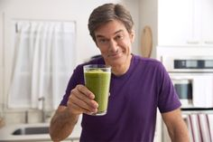 Dr. Oz's Green Drink | The Dr. Oz Show2 cups Spinach 1/2 cucumber 1/4 head of celery 1/2 bunch parsley 1 bunch of mint 3 carrots 2 apples 1/4 orange 1/4 lime 1/4 lemon 1/4 pineapple