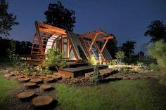 + Arquitetura :   Projeto da Justin Capra Foundation, uma idéia interessante, com conceito e tecnologia de sustentabilidade.