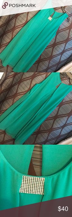 Semi formal green dresss Wore this flowing dress for An afternoon wedding. MSK Dresses Midi