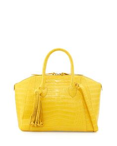 7352a7ad1f13 a noble luxury bag only serves for the graceful you. Choose Fendi ...