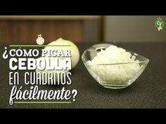 ¿Cómo picar Cebolla en Cuadritos Fácilmente? - Descúbrelo en los #Recetips de Cocina Fresca.  Descubre las mejores recetas y tips en Cocina Fresca.  #CocinaFresca es presentada por Walmart ¡Suscríbete!