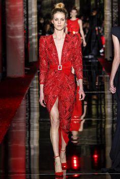 Sfilata Zuhair Murad Parigi - Alta Moda Primavera Estate 2017 - Vogue
