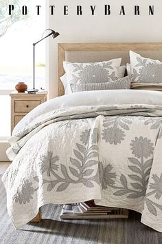 A detailed quilt at just the right weight and breathable linen sheets add color and texture to your bed. Bedroom Colors, Home Decor Bedroom, Master Bedroom, Bedroom Ideas, Bedroom Boys, Teen Bedrooms, Diy Bedroom, Couples Apartment, Luxury Rooms