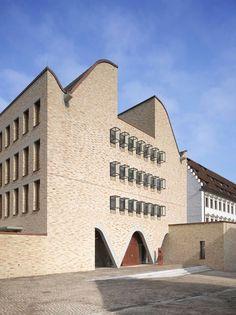 Foto: Roland Halbe  Sanierung der Diözese in Rottenburg