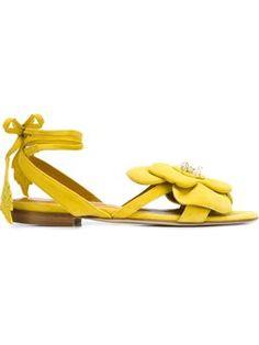 sandales à fleur et détails de strass