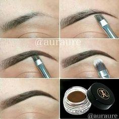 Maquillaje de ceja
