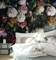 3D Vintage Dark Floral Removable WallpaperPeel and stick Wall