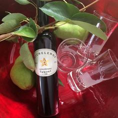 Nette Geschenke Online-Shop - Artikel * Birnenbrand Subirer Shops, Bottle, Drinks, Pear, Drinking, Tents, Beverages, Flask, Retail