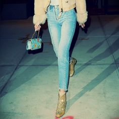 GiGI Jeans #straightcut #jeans #gigi gigihadid #gigihadidstyle #celebstyle #streetfashion #inspiration #instagood #ootd #faded #frayed #fashion #street #chic #denim #blogger #lb #casual #keepr Street Chic, Ootd, Suits, Denim, Jeans, Casual, Photography, Travel, Inspiration