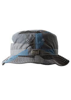 http://shop.mass-apparel.com/products/rocksmith-geometry-bucket-hat#.VDwWQDJdWSo