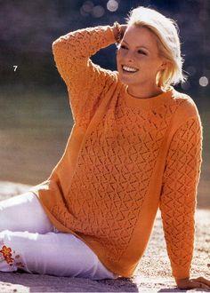 оранжевый пуловер с ажурным узором