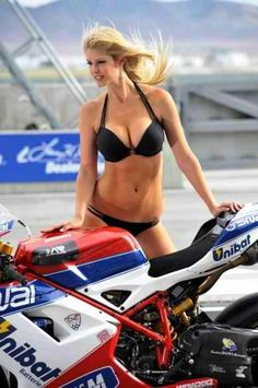 CNC Racing and Althea Racing's Ducati WSBK Team combined at Miller Motorsports Park to give you this :)