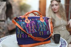 Ixcheltriangle.com Nim (med) bag. Photography by Gina Lee  Love it!