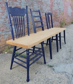 DIY inspiration: 3 old chairs --> bench.