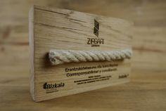 trofeo roble cuerda   por www.grabolaser.com