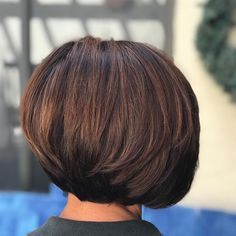 Stacked Brunette Balayage Bob--this girl has as much hair as I do! Bob Hairstyles 2018, Short Hairstyles For Thick Hair, Layered Bob Hairstyles, Haircut For Thick Hair, Diy Hairstyles, Bob Haircuts, Medium Hairstyles, Classic Hairstyles, Wedding Hairstyles