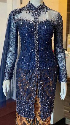 Kebaya Hijab, Batik Kebaya, Kebaya Dress, Kebaya Muslim, Batik Fashion, Hijab Fashion, Indonesian Kebaya, Kebaya Wedding, Beautiful Pakistani Dresses