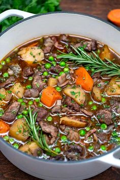 Stew Meat Recipes, Crockpot Recipes, Cooking Recipes, Lamb Casserole Recipes, Healthy Lamb Recipes, Irish Lamb Stew, Lamb Dishes, Soups And Stews, Food Videos