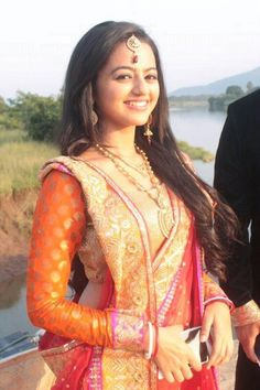 Here i just created a thread for the pics that are posted in various social networking sites of swaragini cast members and here is the thread Indian Tv Actress, Indian Actresses, Bengali Bridal Makeup, Helly Shah, Bengali Saree, Wedding Saree Collection, Tashan E Ishq, Bollywood Actress Hot, Bollywood Stars