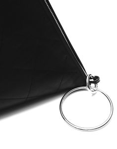 Leather handbag by Bagcyl. Width: 29 cm, height: 38 cm www.bagcyl.com facebook.com/bagcyl twitter.com/BAGCYL?lang=pl