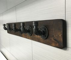 Industrial/Rustic Modern Handmade Wall Hook/Hanger/Rack Towel/Purse/Coat/Robe Pipe/Wood/Bathroom/Workshop/Garage/Mudroom/Office/Gift