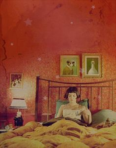 Le Fabuleux Destin d'Amelie Poulain - that star wall is perfect for a dream room.
