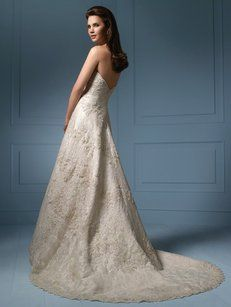 e5b255ec7288 Alfred Angelo Light Gold   Ivory Lace   Satin 801 Traditional Wedding Dress  Size 14 (