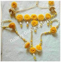 📌@imsadiyakhan #wedding #indianjewellery #jewellery #indianwedding #bridalwear #floraljewellery #haldijewellery #mehendijewellery #sangeetjewellery #floraldecor