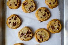 Alison Roman's Salted Butter and Chocolate Chunk Shortbread Cookies via Smitten Kitchen Cookie Desserts, Just Desserts, Cookie Recipes, Delicious Desserts, Dessert Recipes, Baking Cookies, Chocolate Chip Shortbread Cookies, Shortbread Biscuits, Shortbread Recipes