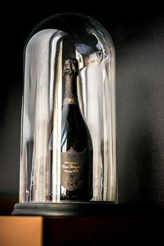 Le champagne Dom Pérignon, s'installe à l'Hôtel de Paris à Monaco... #Food #Wine https://www.obsessionluxe.com/2016/03/09/champagne-dom-perignon-sinstalle-a-lho%CC%82tel-de-paris-a-monaco/