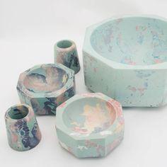 Concrete objects in Concrete Cement, Concrete Design, Papercrete, Concrete Jewelry, Cement Crafts, Pottery Sculpture, Diy Schmuck, Mug Designs, Industrial Design