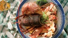 Lobster in cream sauce with Irish whiskey recipe (Dublin lawyer)