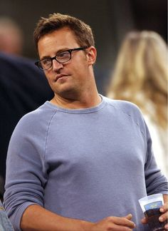 Matthew Perry in glasses...need I say more?