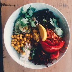 Youeni in Castel Hill for great healthy brunch that is allergy friendly Sydney Restaurants, Healthy Brunch, Allergies, Castle, Ethnic Recipes, Food, Cafes, Meals, Palace