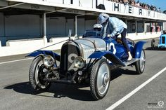 Course Automobile, Retro Cars, Courses, Le Mans, Old Cars, Cars And Motorcycles, Race Cars, Super Cars, Antique Cars